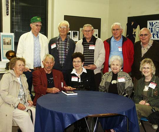 Members of the Class of 1947 at the Alumni Center.
