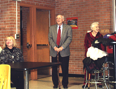 Tom Romig enjoys the reception with his mother, Mrs Ruth Romig Swart, and his wife, Pam (Shilling) Romig '66.